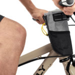 apidura-backcountry-food-pouch-plus-knee-protection-hires