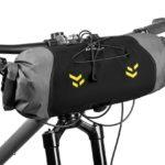 apidura-backcountry-handlebar-pack-7l-on-bike-2