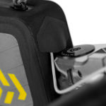 apidura-backcountry-top-tube-pack-2l-feature-cable-port-hires