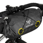 apidura-expedition-handlebar-pack-14l-on-bike-2-hires