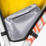 apidura-innovation-lab-frame-pack-hydration-bladder-1.5l-on-bike-1
