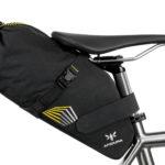 apidura-racing-saddle-pack-7l-on-bike-1-hires
