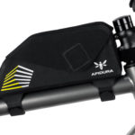 apidura-racing-top-tube-pack-1l-on-bike-1-hires